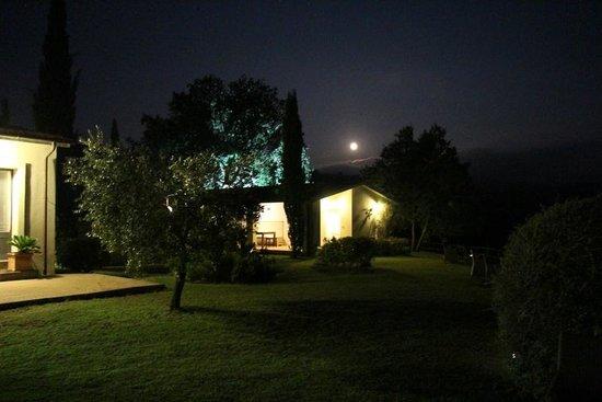 Quercia Rossa Farmhouse : Moonlight Sonata in Quercia Rossa rural house;-)