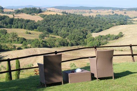 Quercia Rossa Farmhouse : the view from Quercia Rossa