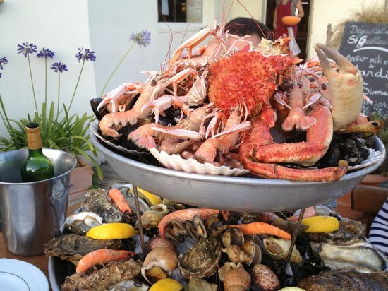 Le Saint Guillaume : Seafood dinner for 3