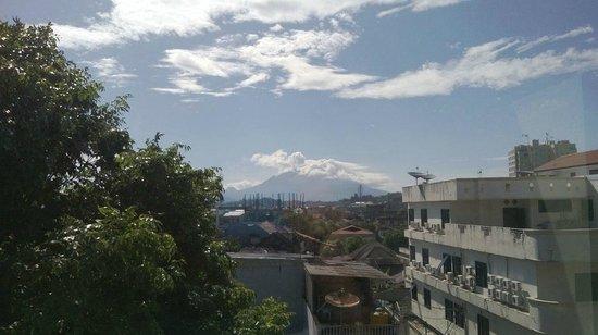 Griya Sintesa Hotel: vulcano