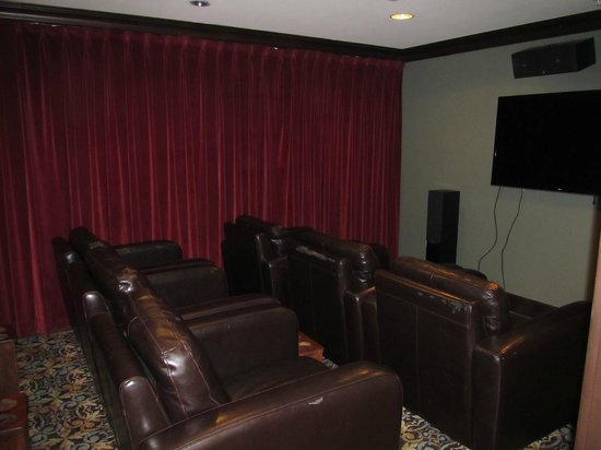 Staybridge Suites Atlanta - Perimeter Center East : Theater room