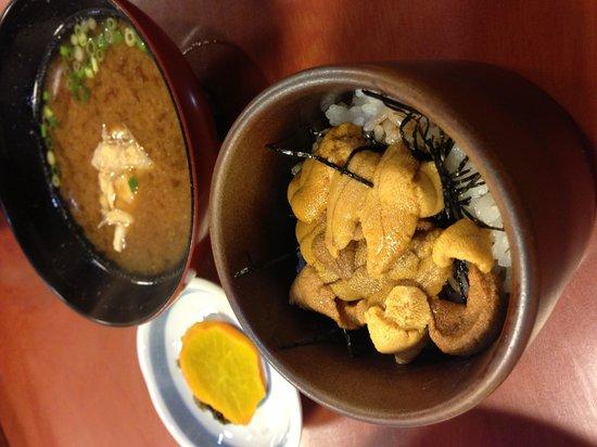 Amimoto : ウニ丼