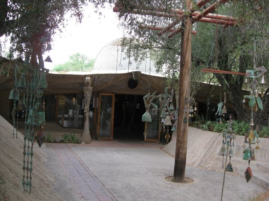 Cosanti Foundation: Entrance to the gift shop.