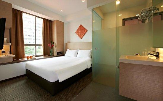 Aqueen Hotel Balestier : Standard Queen Room