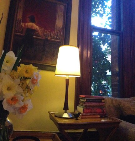 Bishop's Court Estate Boutique Hotel: A little corner of the sitting room