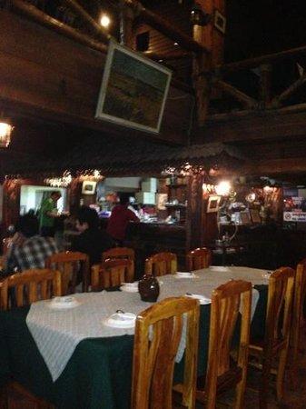 Palm Sweet Home: inside