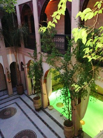 Riad Dar Anika : Pool at Night