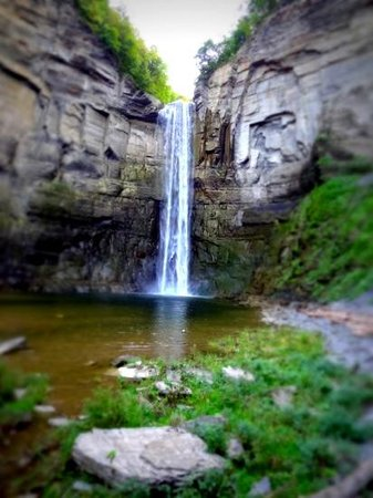 Taughannock Falls State Park: the falls.