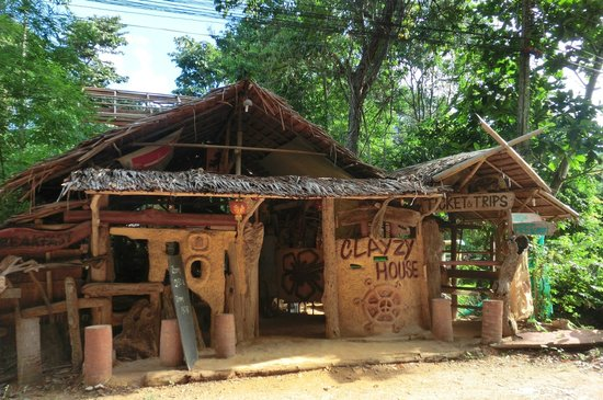 Lanta Clayzy House : The place to be