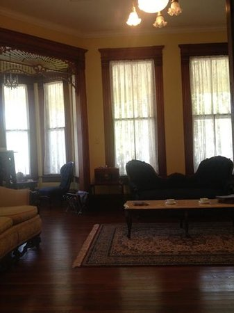 Angels Gate B&B: the beautiful parlor and turret room at AngelsGate B&B