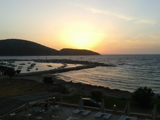 Artina Nuovo : ηλιοβασίλεμα από το δωμάτιο