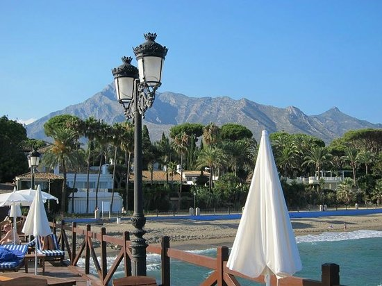Marbella Club Hotel : From the pier to the hotel