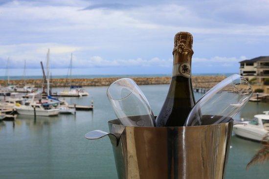 The Marina Hotel: Champagne on the balcony