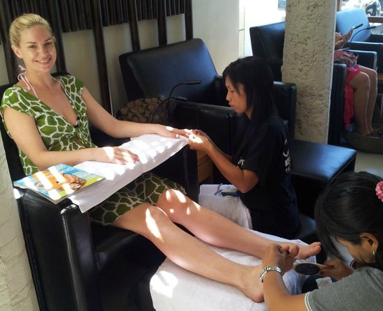 Cosmo Salon and Spa: Why not get a manicure and pedicure at the same time?