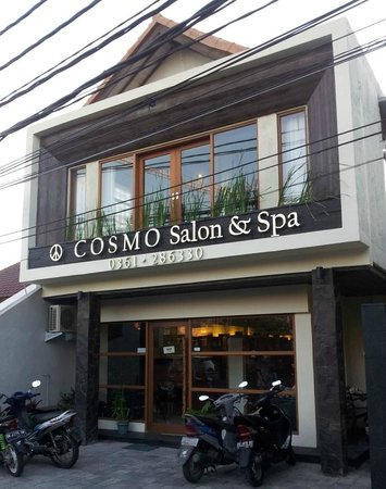 ‪Cosmo Salon and Spa‬
