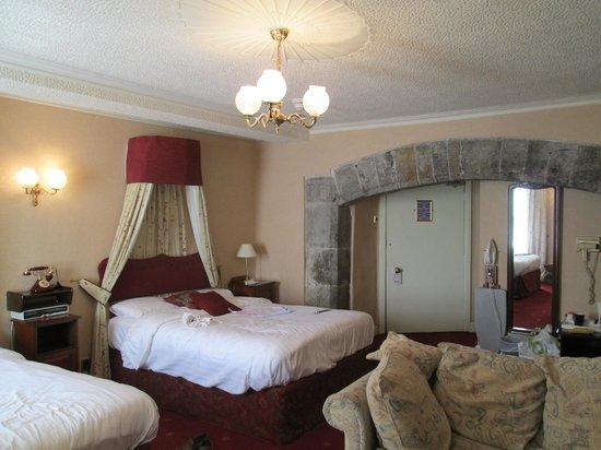 The Allerdale Court Hotel: bedroom