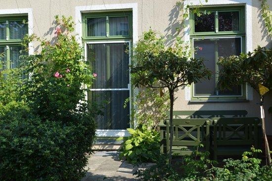 Apartmenthaus Potsdam-Quartett: Gartensuite mit Terrasse