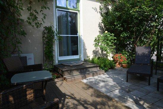 Apartmenthaus Potsdam-Quartett: Gartensuite Seitenansicht