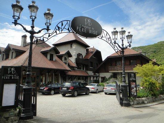 Auberge Du Pere Bise : L'Hotel