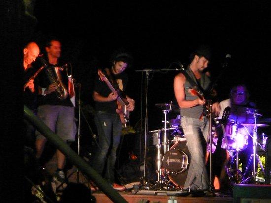 La Calanque de Figuerolles: soirée musicale le lundi en saison