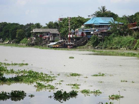 Bann Kun Pra: La vue de la terrasse