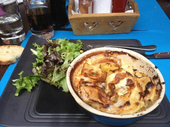 Cafe de la Place: excellent  et copieux !