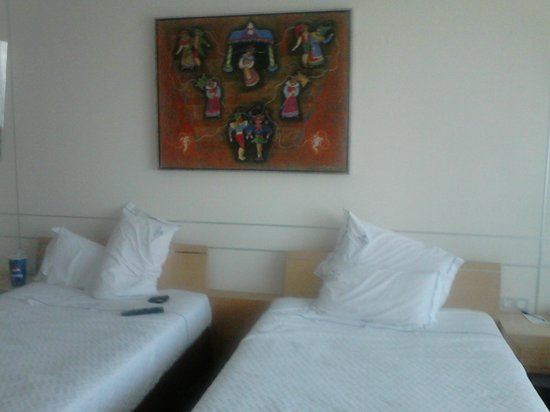 VIP Executive Entrecampos Hotel & Conference : Vue de la chambre