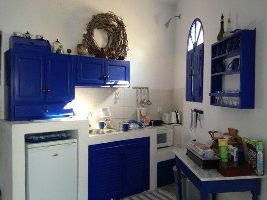 Ifestio Villas : Kitchen