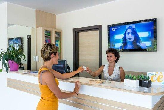 Hotel Spazio Residenza: reception