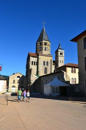 Hotel de Bourgogne: Town