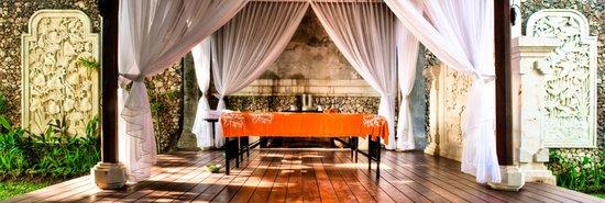 Avillion Villa Cinta : Decorative spa pavilion