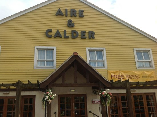 Brewers Fayre Aire & Calder: Outside