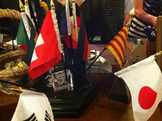 Grand Canyon Hotel: Bienvenida con banderitas