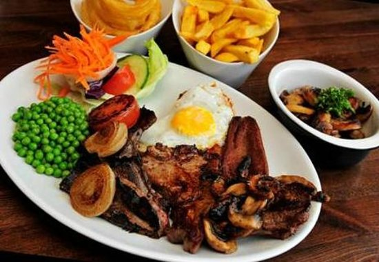 The Angel Inn: Mixed Grill