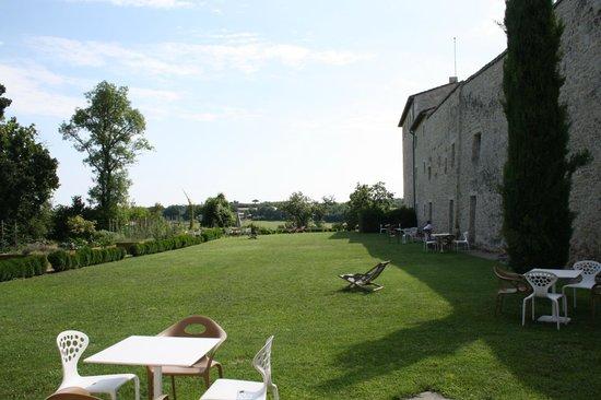 Chateau de Salettes: vue de la chambre