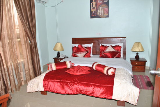 Complexe Hotelier Mbouoh Star Palace