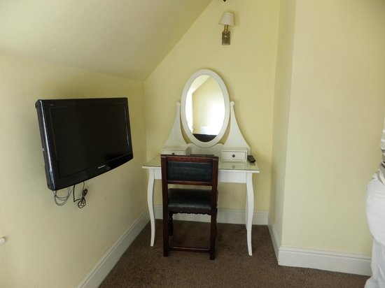 Guildhall Tavern Hotel & Restaurant: Dressing Table