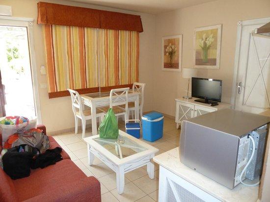 Apartamentos Piedramar: Open plan kitchen/diner/livingroom