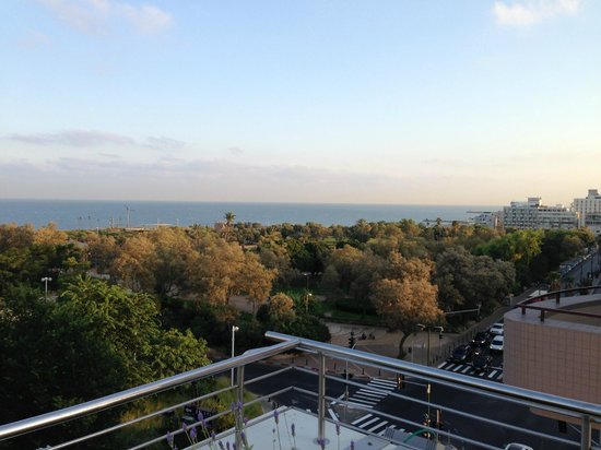 Shalom Hotel & Relax Tel Aviv - an Atlas Boutique Hotel: Roof top view