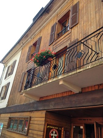 Hôtel Croix-Blanche : facade principale