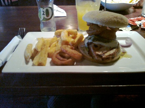 The Cooper Rose: Italian burger with chips and onion rings