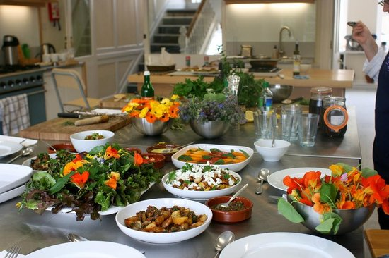 Demuths Cookery School: Lunch is served