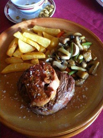 Las Anforas: Meat!