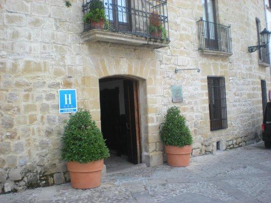 Hotel puerta luna fotograf a de baeza provincia de ja n tripadvisor - Hotel puerta de la luna baeza ...