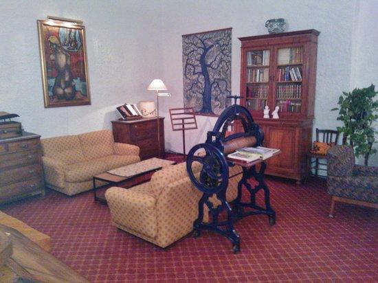 Hotel del Viale : Sale lettura e tv