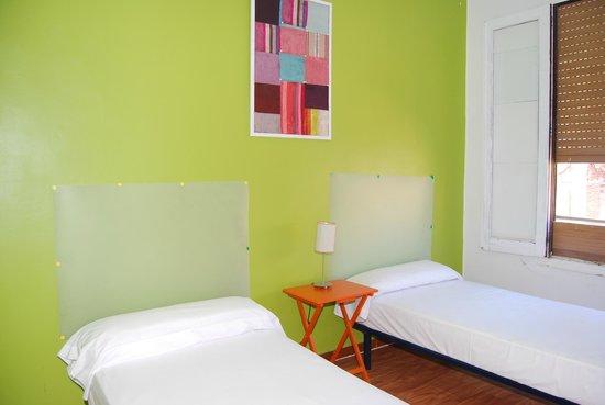 Russafa Youth Hostel: Habitación twin / single