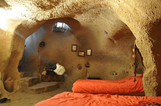 Crazy Horse Pension: Taş oda