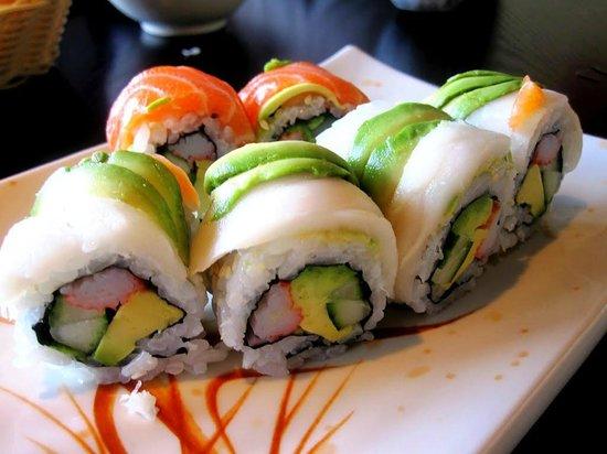 Kukutsi Sushi Bar: rolls