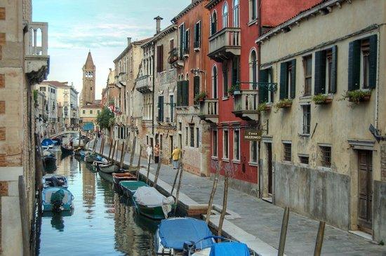 Casa Rezzonico: Street view