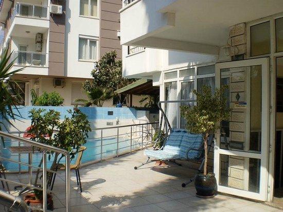 Isinda Hotel
